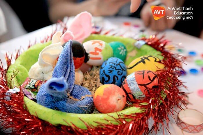 """Những quả trứng """"biến hình"""" từ bàn tay khéo léo của học viên AVT"""