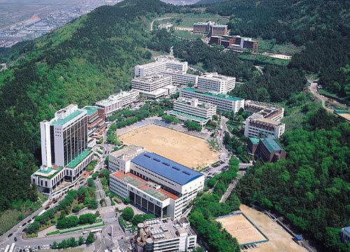 Toàn cảnh Đại học Dong A Busan