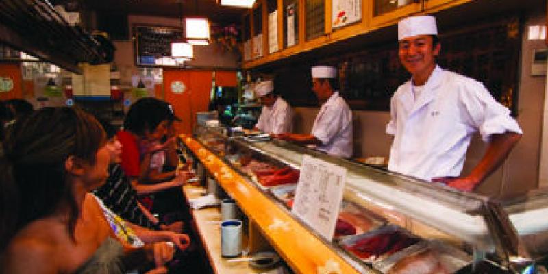 Học trường Senmon nấu ăn thì cơ hội việc làm cao hơn so với nhiều ngành khác
