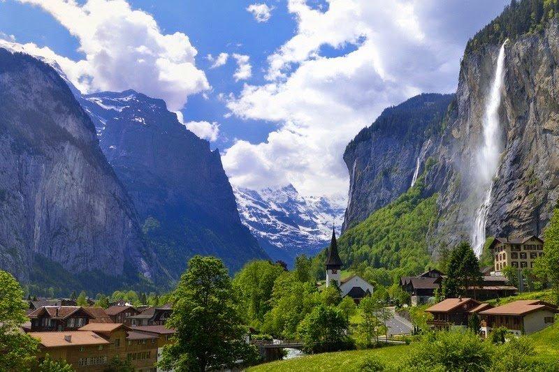 Thung lũng Lauterbrunnen ở Thụy Sỹ