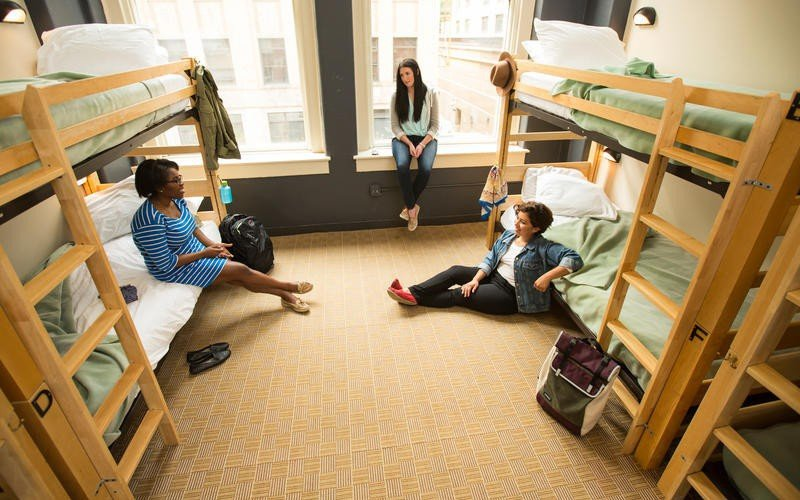 Du học sinh có cơ hội được giao lưu với sinh viên quốc tế.