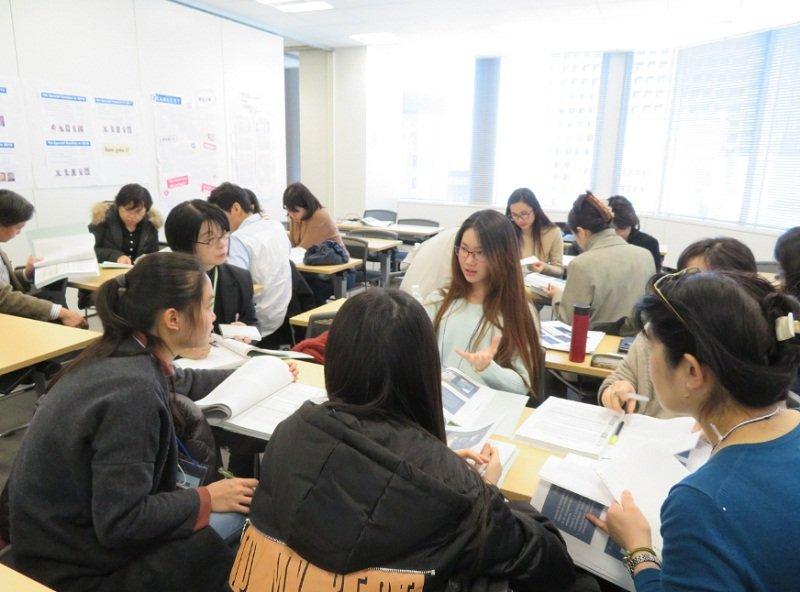 Một lớp học chủ yếu đề cao tinh thần làm việc nhóm