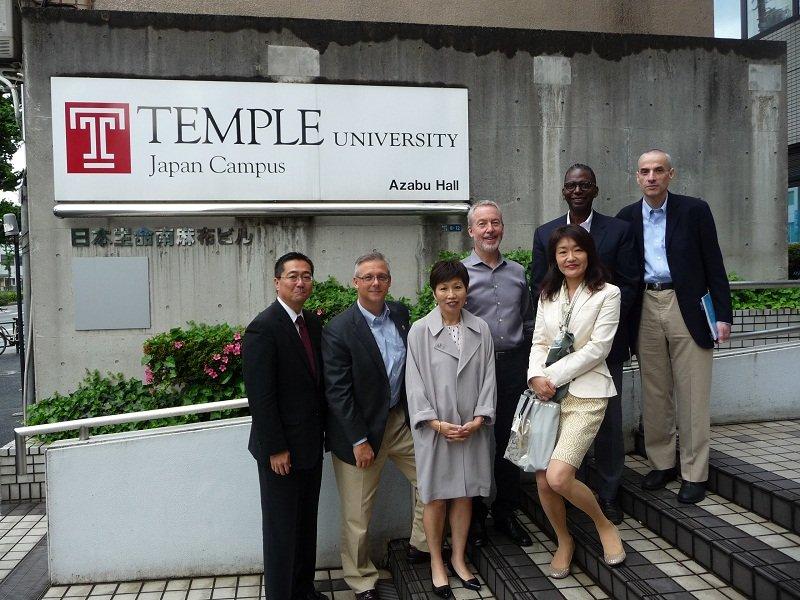 Đội ngũ giảng viên quốc tế của Temple Nhật Bản