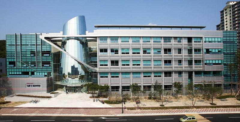 Hàn Quốc có rất nhiều ngôi trường có ngành học cơ khí danh tiếng