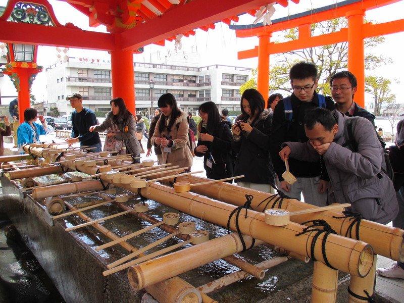 Hoạt động tìm hiểu văn hóa cho sinh viên quốc tế được tổ chức khá thường xuyên