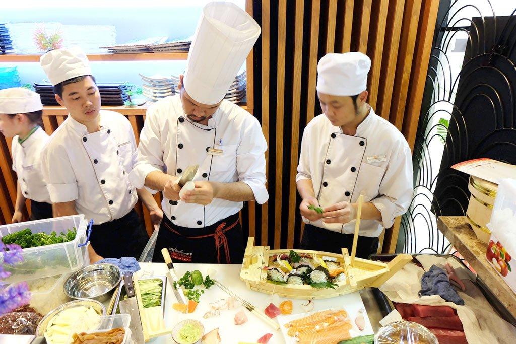 Du học sinh được đào tạo bài bản khi du học Nhật Bản ngành đầu bếp