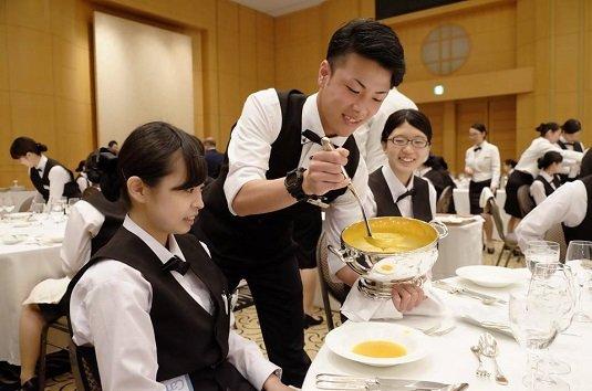 Du học Nhật Bản ngành quản trị khách sạn giúp bạn tăng khả năng tiếng Nhật nhanh chóng