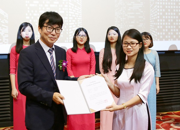 Học bổng du học của Chính phủ Hàn Quốc sẽ cấp theo giá trị bậc học