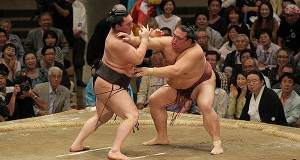 Người xem thi đấu Sumo cũng cần tuân thủ một số quy tắc
