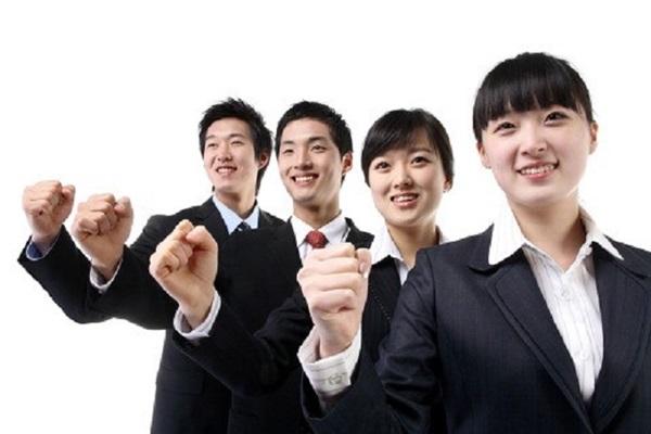 Tự tin cũng là yếu tố quyết định buổi phỏng vấn visa du học Hàn Quốc.