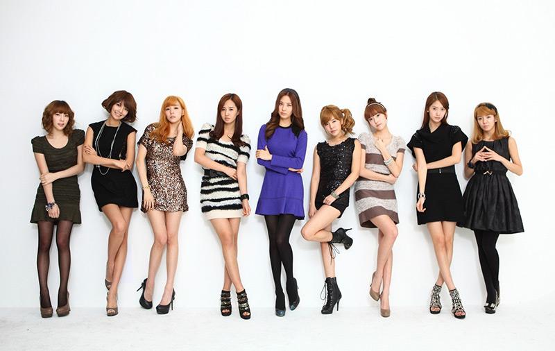 Choi Soo Young và Yuri của nhóm nhạc SNSD của Hàn Quốc