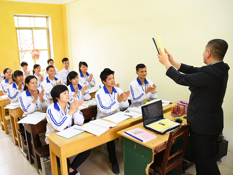 Du học sinh Nhật về nước có thể làm giáo viên tiếng Nhật