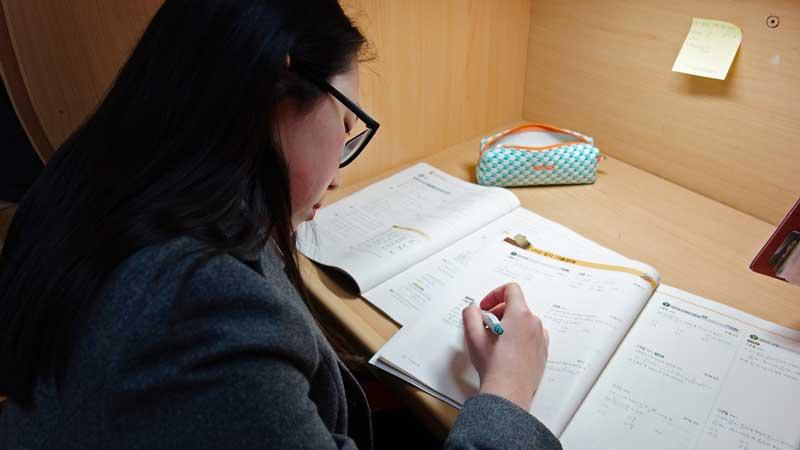 Để con đường du học Hàn thuận lợi, các bạn nên tìm đến trung tâm tư vấn uy tín