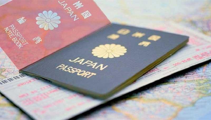 Không được nộp hồ sơ xin visa qua đường bưu điện