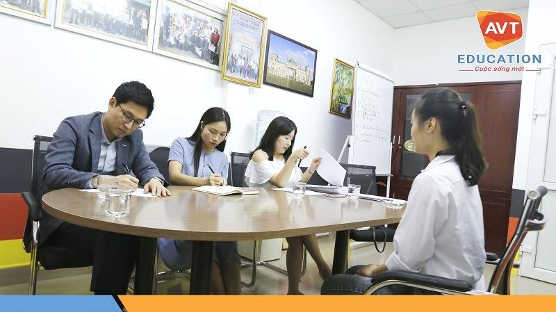 Học sinh AVT tham gia phỏng vấn rất bình tĩnh, tự tin