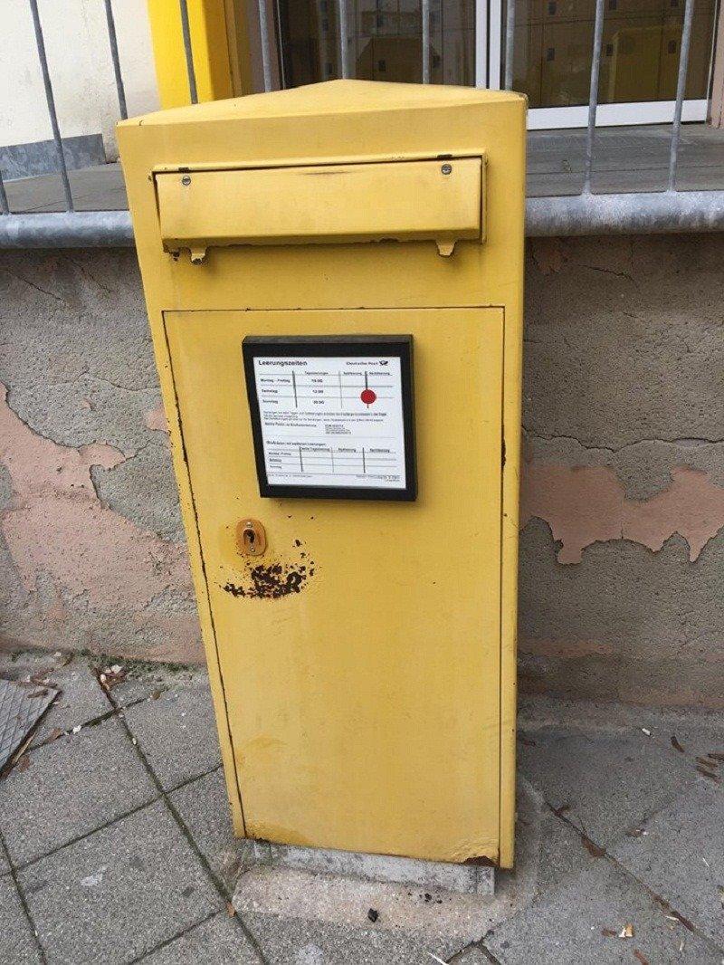 Hòm gửi thư ở Đức