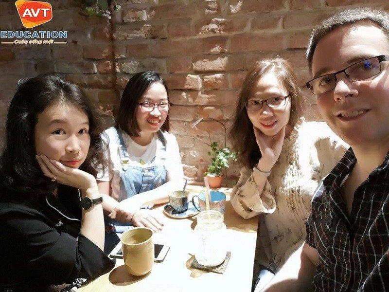 Cô giáo Khánh Chi