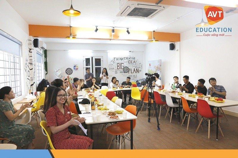 Chương trình có sự tham gia của đông đảo các lớp trưởng tại AVT