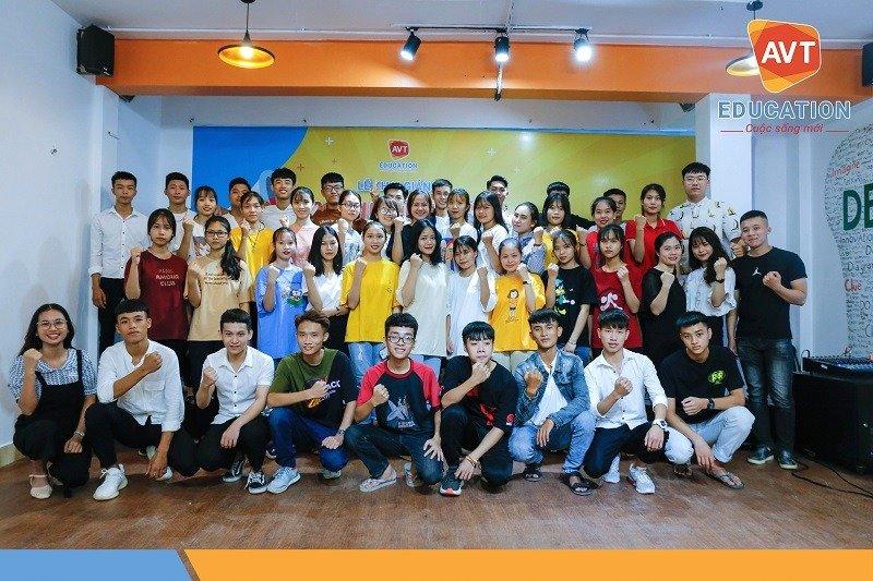 Khai giảng khóa 96 tại AVT Education