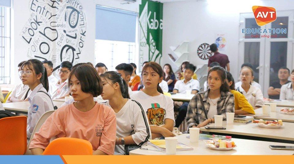 Các học viên nhanh chóng bước vào một hành trình mới tại AVT