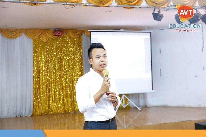 TGĐ Hồ Việt Anh phát biểu khai mạc trước khi bắt đầu bữa tiệc