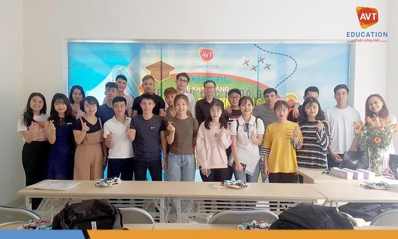 Khai giảng khóa 116 tại AVT Education